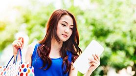 """Smartphone giá rẻ bất ngờ với chương trình """"Giờ vàng giảm giá"""" của Viettel"""
