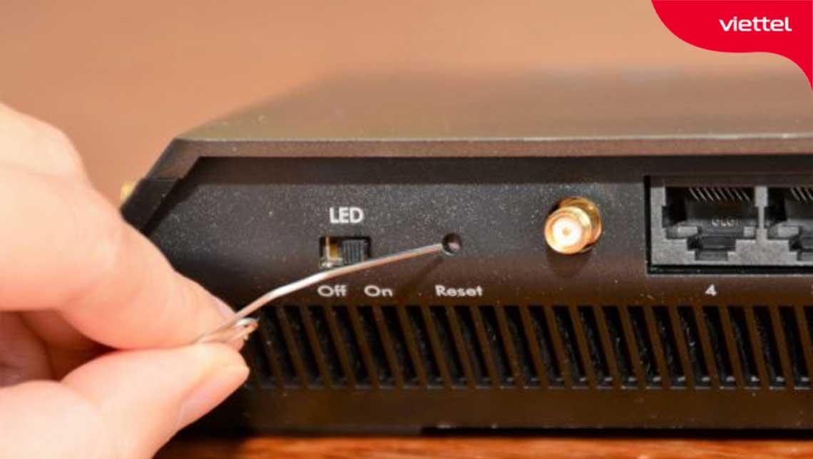 Reset modem Viettel vẫn không thể vào mạng được thì bạn nên liên hệ với đội ngũ kỹ thuật Viettel để được hỗ trợ xử lý.